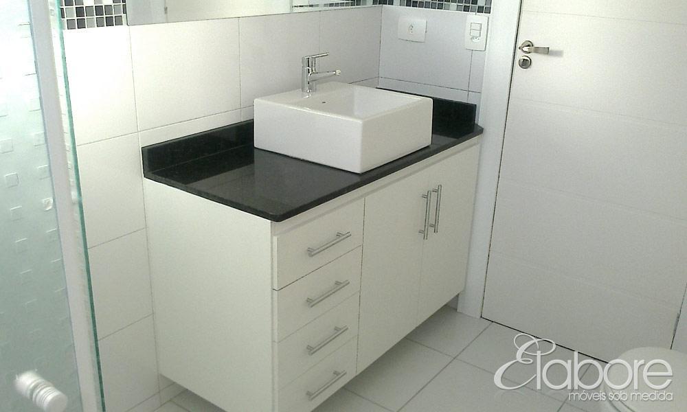Banheiros  Elabore Móveis -> Armario De Banheiro Com Espelho Inox