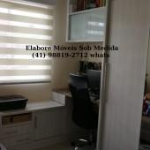 Balcão e escrivaninha com armário suspenso