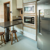 Torre em MDF para forno e microondas embutidos