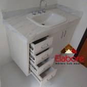 Armário para banheiro em MDF com gavetas