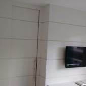 Closet com painel de TV