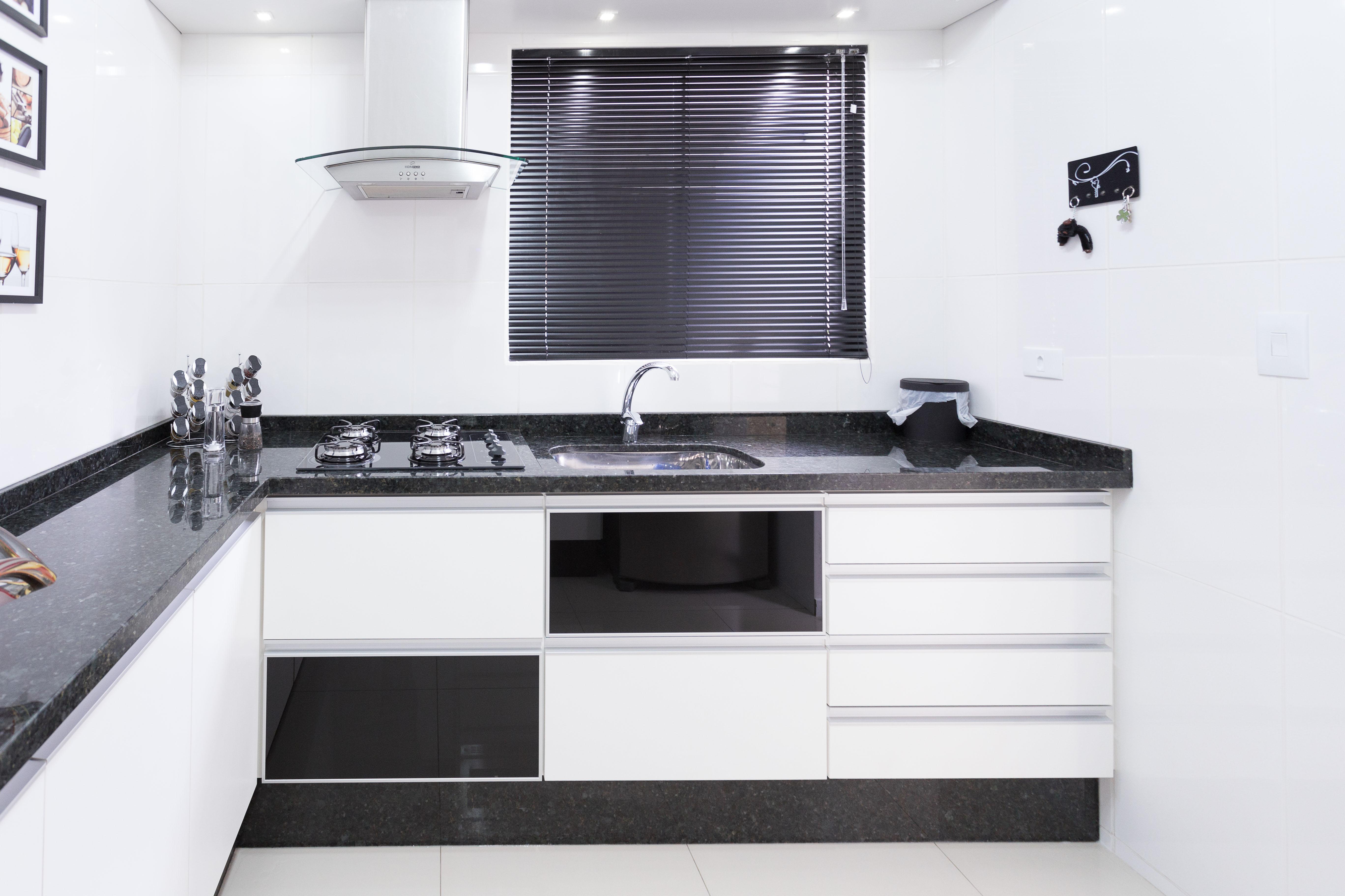 Projeto de móveis sob medida com excelência Elabore Móveis #735D58 5472 3648
