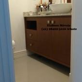 Balcão de banheiro planejado em mdf com cuba e granito
